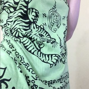Vintage Tops - Thai Twin Tigers Cotton Yoga Tee